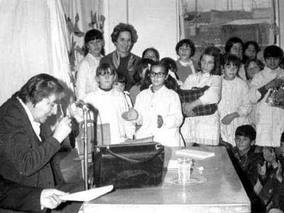 Centenario Gloria Fuertes | 1917-1998 | #gloriafuertes100 | El balcón de Gloria Fuertes | 12/08/2017 | Corazón