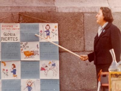 Centenario Gloria Fuertes | 1917-1998 | #gloriafuertes100 | El balcón de Gloria Fuertes | 17/03/2017