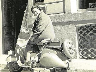 Centenario Gloria Fuertes | 1917-1998 | #gloriafuertes100 | El balcón de Gloria Fuertes | 17/10/2017 | Autobio | Yo era feliz