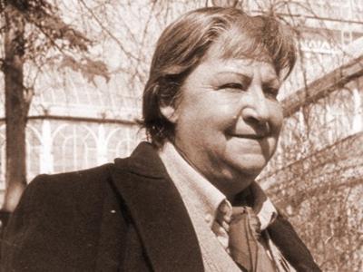 Centenario Gloria Fuertes | 1917-1998 | #gloriafuertes100 | El balcón de Gloria Fuertes | 25/04/2017 | 'Recordar es morir'