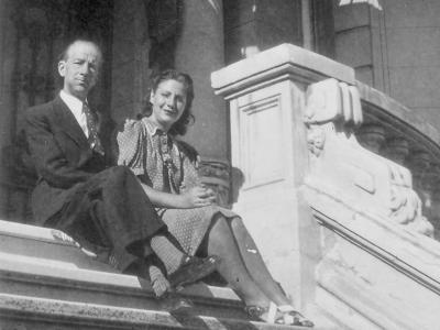 Centenario Gloria Fuertes | 1917-1998 | #gloriafuertes100 | El balcón de Gloria Fuertes | 30/09/2017 | A lo mejor es bueno
