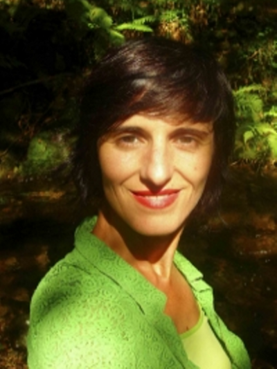 Paola León
