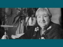 Centenario Gloria Fuertes   1917-1998   #gloriafuertes100   El balcón de Gloria Fuertes   10/06/2017   He escrito teatro