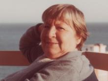 Centenario Gloria Fuertes   1917-1998   #gloriafuertes100   El balcón de Gloria Fuertes   13/06/2017   La vida es una hora