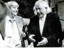 Centenario Gloria Fuertes | 1917-1998 | #gloriafuertes100 | El balcón de Gloria Fuertes | 25/10/2017 | Del odio
