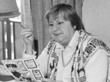 Centenario Gloria Fuertes | 1917-1998 | #gloriafuertes100 | El balcón de Gloria Fuertes | 27/04/2017 | 'A veces quiero preguntarte'