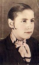 Centenario Gloria Fuertes   1917-1998   #gloriafuertes100   Gloria Fuertes niña