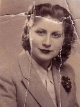 Gloria Fuertes | Poeta y escritora | Madrid, 1917-1998 | Principios de los años 40